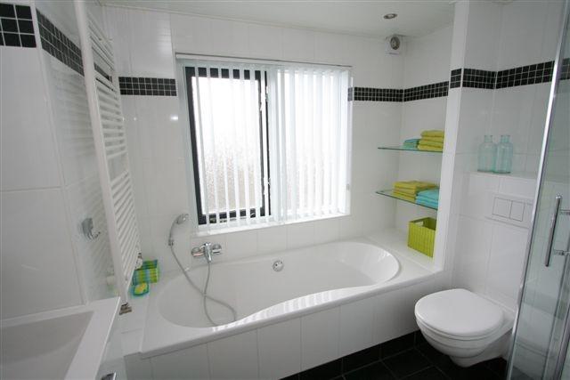 Glasplaat Douche Plaatsen ~ Renovatie badkamer, keuken en tegelwerk